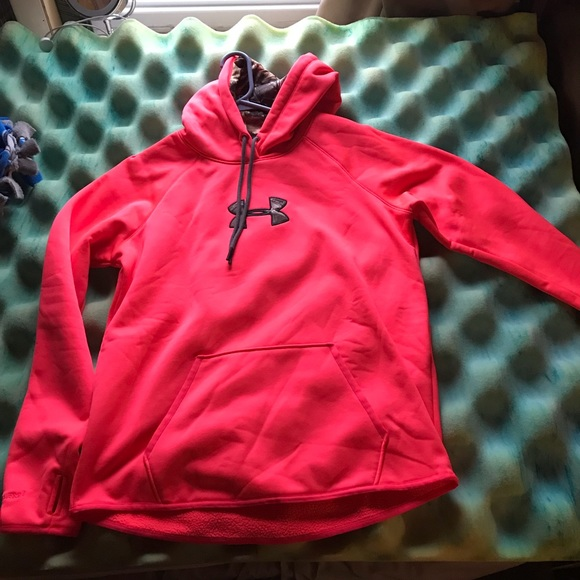 Under Armour Tops Cold Gear Loose Fit Hoodie Like New Poshmark